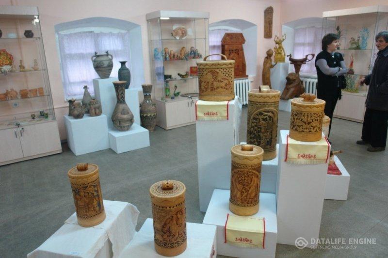 Выставка промыслов